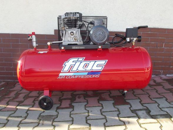 Kompresor Fiac 200 L